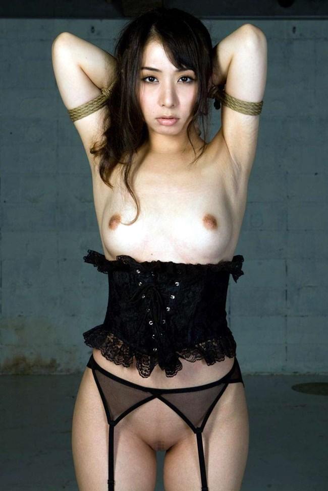 裸を彩るガーターベルトとかいう有能アイテムwwwwww0008shikogin
