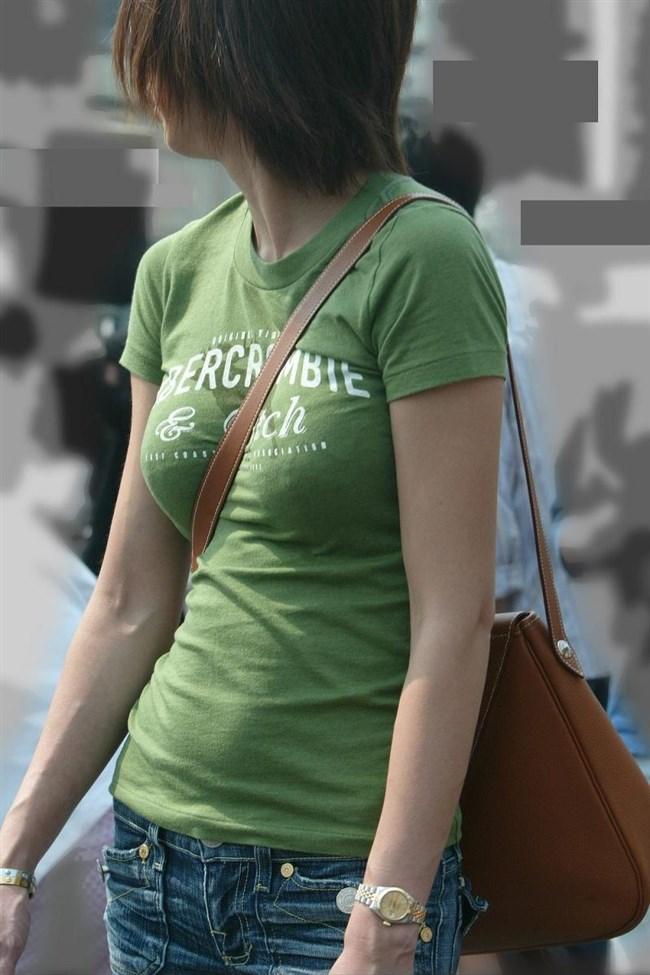 過激なパイスラで街を歩く一般の巨乳お姉さんwwwww0016shikogin