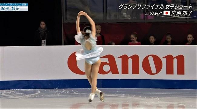紀平梨花~全日本フィギュアでの丸々ヒップと開脚スケーティングに超興奮!0012shikogin