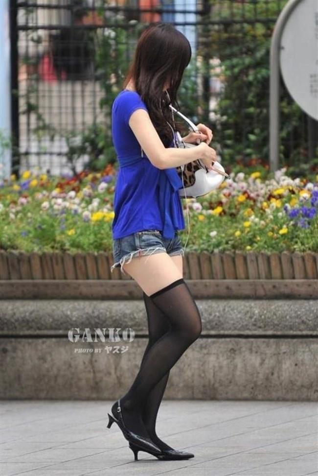 街行く一般人女子の生足が美味しそうな着衣エロ画像0022shikogin
