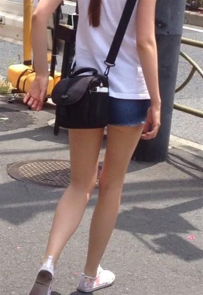 街行く一般人女子の生足が美味しそうな着衣エロ画像0007shikogin