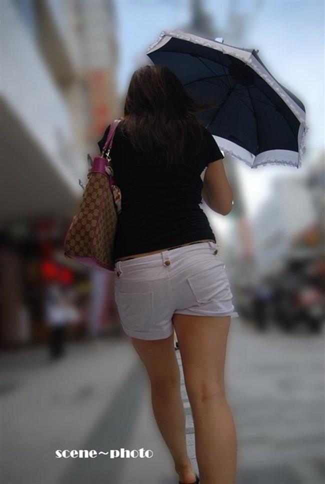 街行く一般人女子の生足が美味しそうな着衣エロ画像0023shikogin