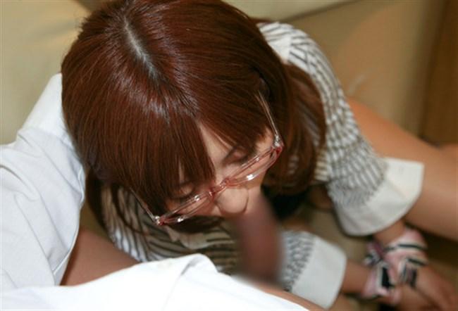 真面目そうな眼鏡女子が性欲むき出しのフェラチオwwwww0017shikogin