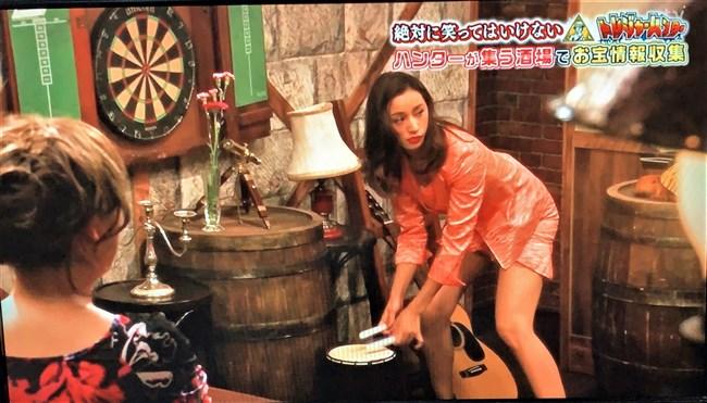 高橋メアリージュン~絶対に笑ってはいけないトレジャーハンターでの透けパンティー!0007shikogin