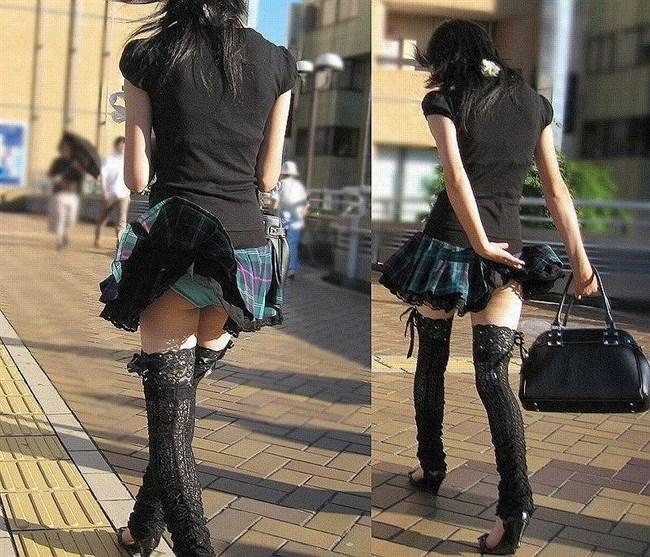 突風でスカートがめくれる!神アシストで見えたパンツは格別wwwww0014shikogin