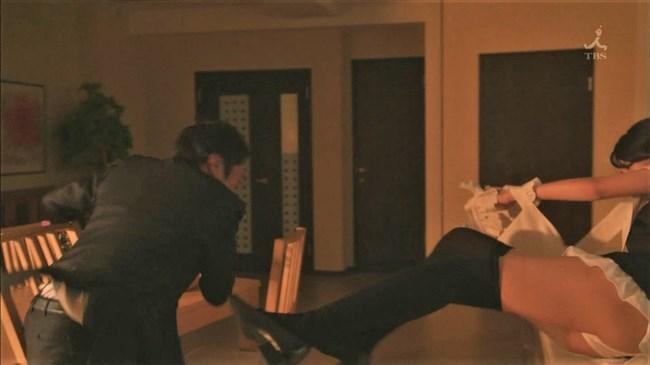 武田玲奈~ドラマ新しい王様でのレ〇プシーンがパンティー丸出しで凄かった!0014shikogin