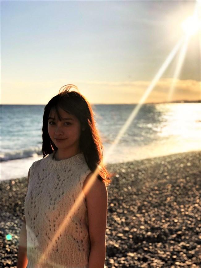 橋本環奈~2nd写真集NATURELのエロ美しさに感動すら覚えてしまいますな!0008shikogin
