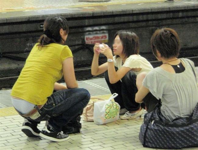 こんなパンツを公衆にさらすお姉さんは確実にヤリマンですよねwwww0016shikogin
