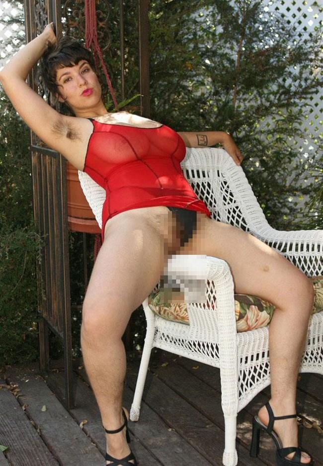 外国人女性がふっさふさに腋毛を生やすとこうなるwwwww0003shikogin