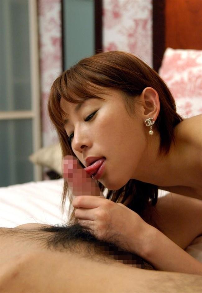 フェラチオ上級者は舌先チロチロ舐めで焦らすwwwwwwww0003shikogin