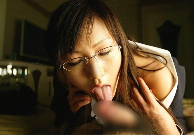 フェラチオ上級者は舌先チロチロ舐めで焦らすwwwwwwww0010shikogin