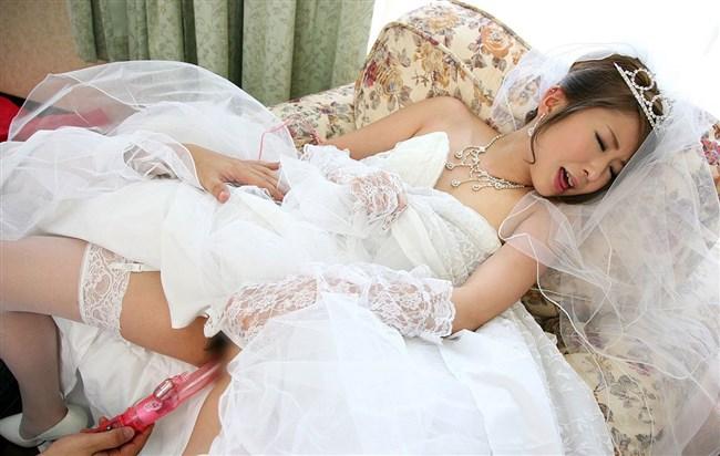 挙式直前のウェディングドレス姿の花嫁とえっちする妄想補助画像まとめwwww0011shikogin
