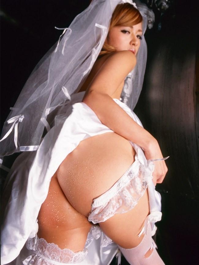 挙式直前のウェディングドレス姿の花嫁とえっちする妄想補助画像まとめwwww0017shikogin