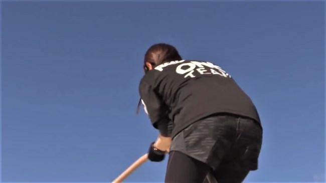 鷲見玲奈~スパルタンレースでのパン線クッキリのヒップを真下から撮影!0010shikogin