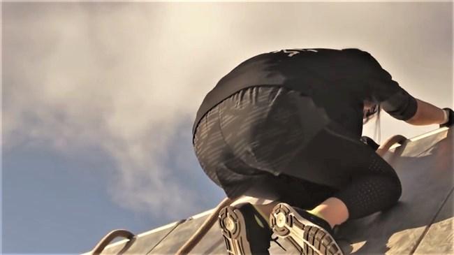 鷲見玲奈~スパルタンレースでのパン線クッキリのヒップを真下から撮影!0014shikogin