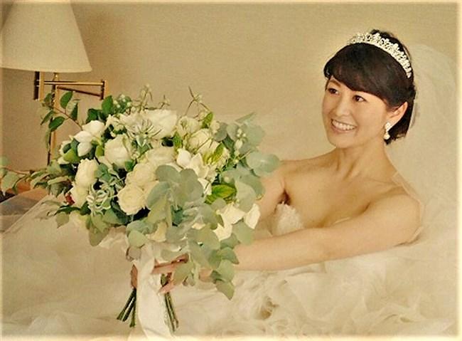 森麻季~再婚時のウェディングドレス姿がオッパイ強調で悩殺的過ぎます!0008shikogin