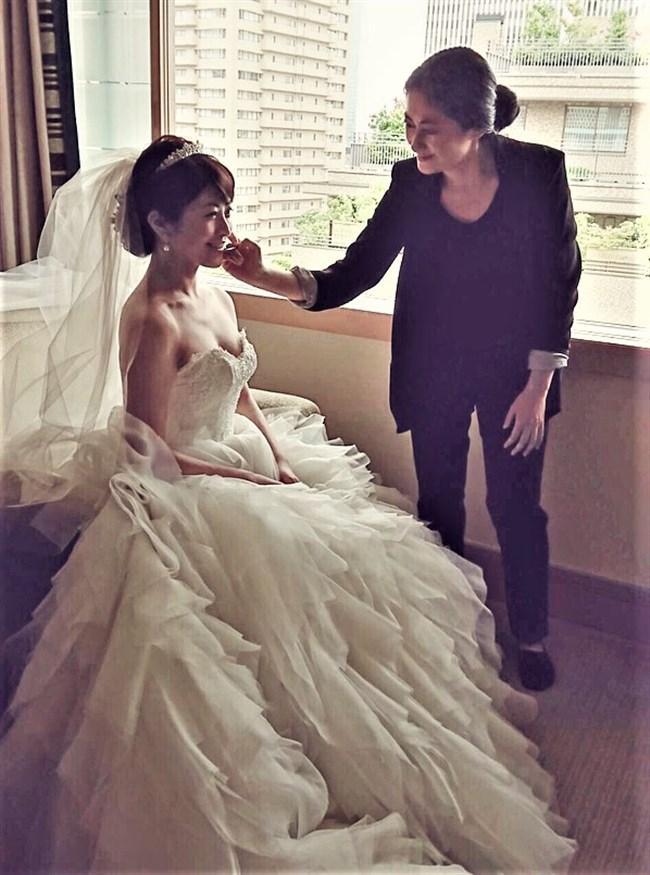 森麻季~再婚時のウェディングドレス姿がオッパイ強調で悩殺的過ぎます!0004shikogin