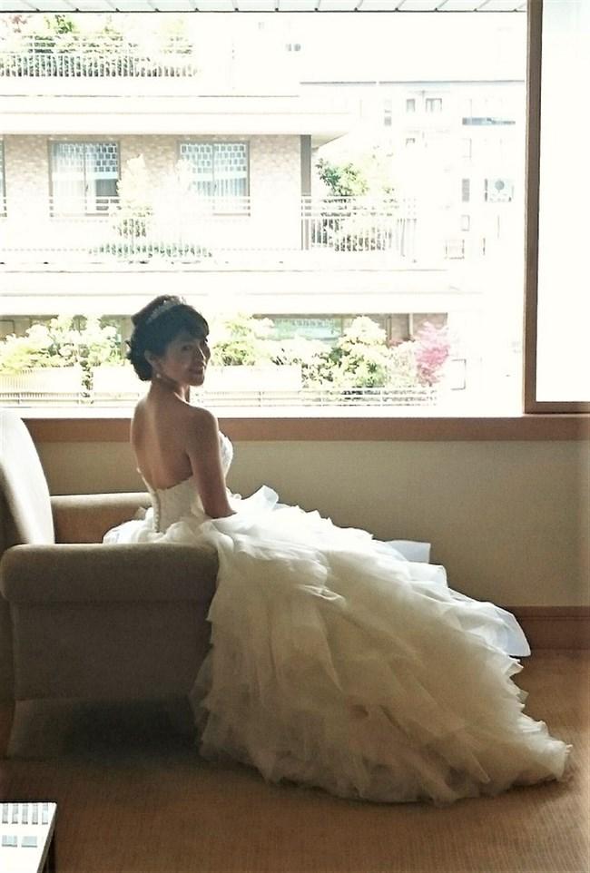 森麻季~再婚時のウェディングドレス姿がオッパイ強調で悩殺的過ぎます!0005shikogin