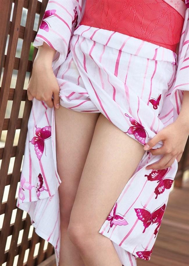 着物きたお姉さんの着崩れた色っぽさにフル勃起してしまう法則wwww0002shikogin