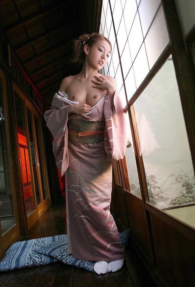 着物きたお姉さんの着崩れた色っぽさにフル勃起してしまう法則wwww0009shikogin