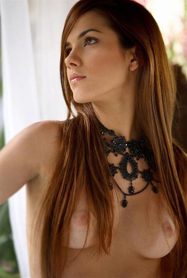 日焼け跡残る外国人美女ヌードが日本人よりえちえちwwww0015shikogin