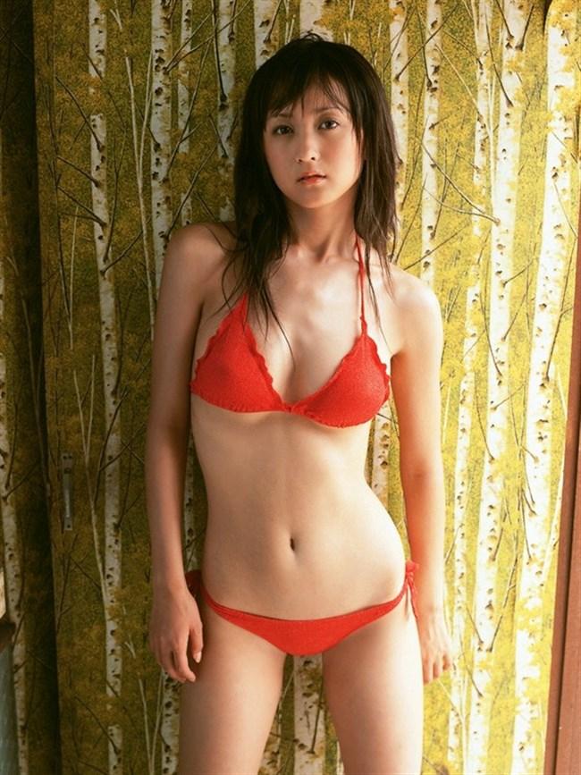 ムダな脂肪が一切ない女の子のシェイプボディがこちらwwwwww0002shikogin