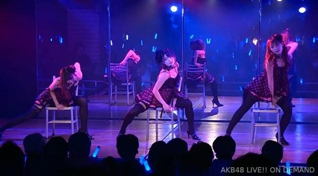 佐藤七海[AKB48]~チーム8の5周年特別公演でオッパイ上半分出した大胆衣装が凄過ぎ!0011shikogin
