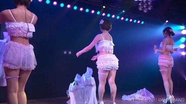 佐藤七海[AKB48]~チーム8の5周年特別公演でオッパイ上半分出した大胆衣装が凄過ぎ!0003shikogin