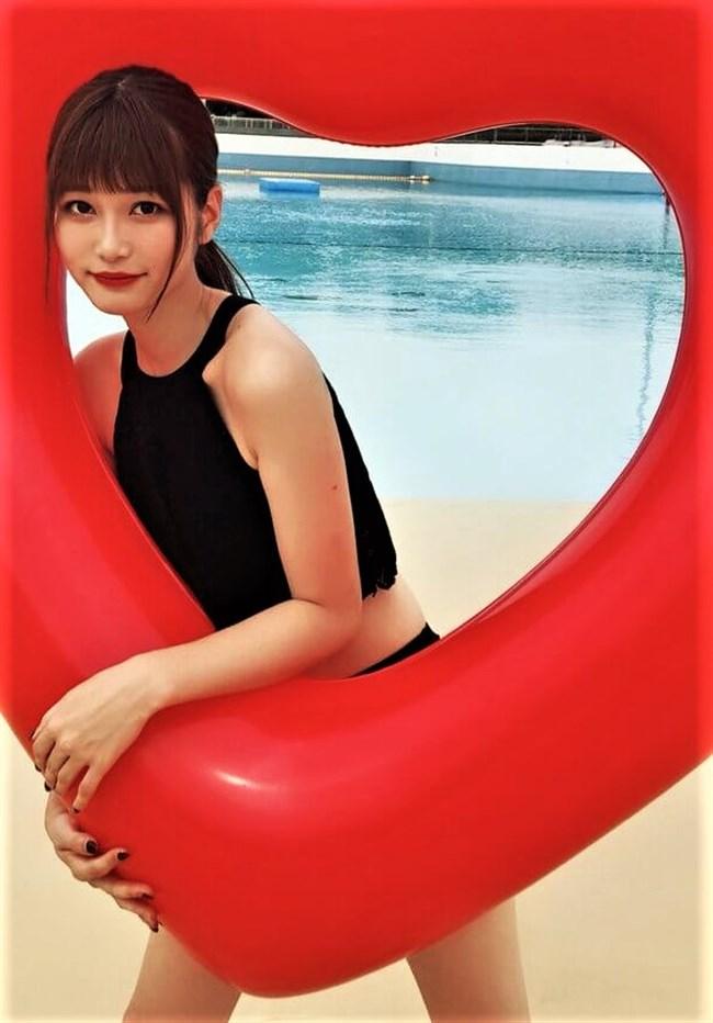 生見愛瑠~プールでの貴重な水着姿とウェディングドレス姿がエロ可愛い!0007shikogin