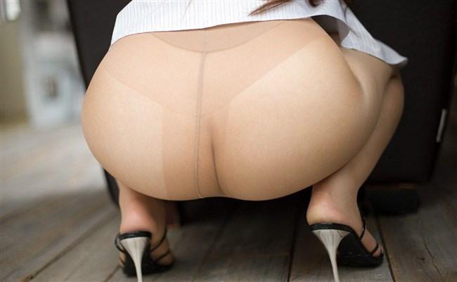ノーパンでパンストで透けマンさせてる女性の下半身がこちらwwww0029shikogin
