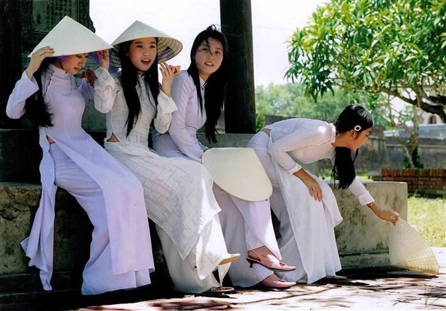 セクシーな民族衣装に身を包んだ外国人美女が抜けるwwwww0013shikogin