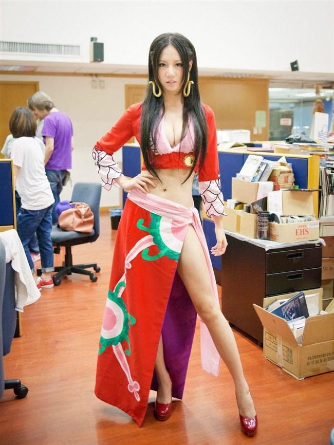 セクシーな民族衣装に身を包んだ外国人美女が抜けるwwwww0003shikogin