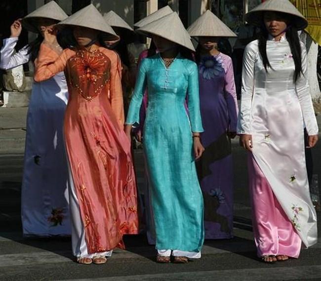 セクシーな民族衣装に身を包んだ外国人美女が抜けるwwwww0021shikogin