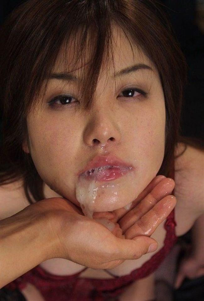 女の子の口からザーメンがあふれてる様がガチで卑猥wwwwwwww0016shikogin