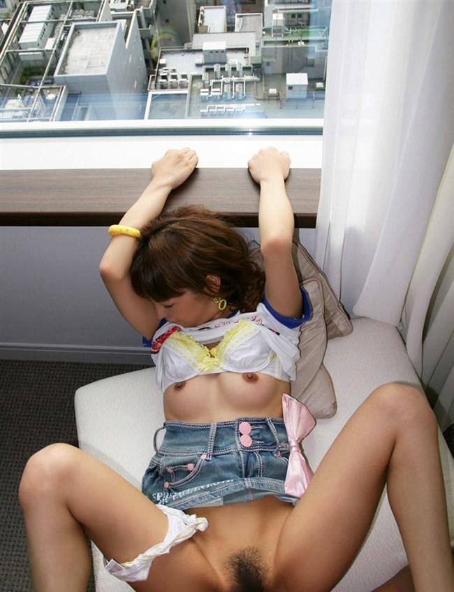 セックスは全裸よりも着衣挿入の方が萌える方は挙手wwwwww0011shikogin