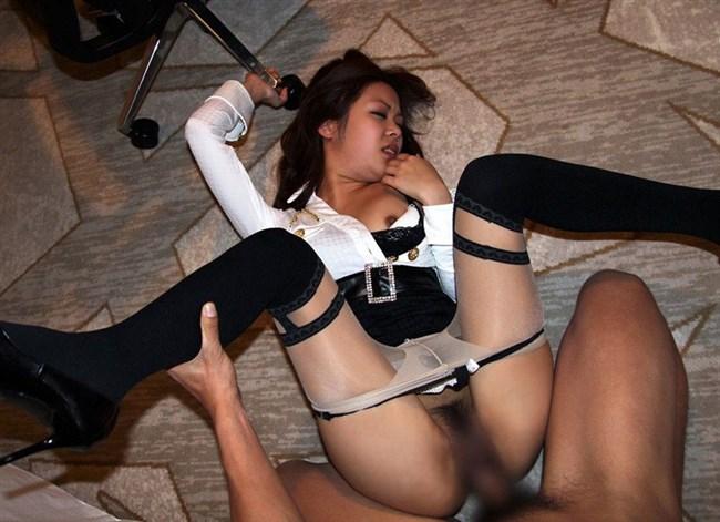 セックスは全裸よりも着衣挿入の方が萌える方は挙手wwwwww0012shikogin