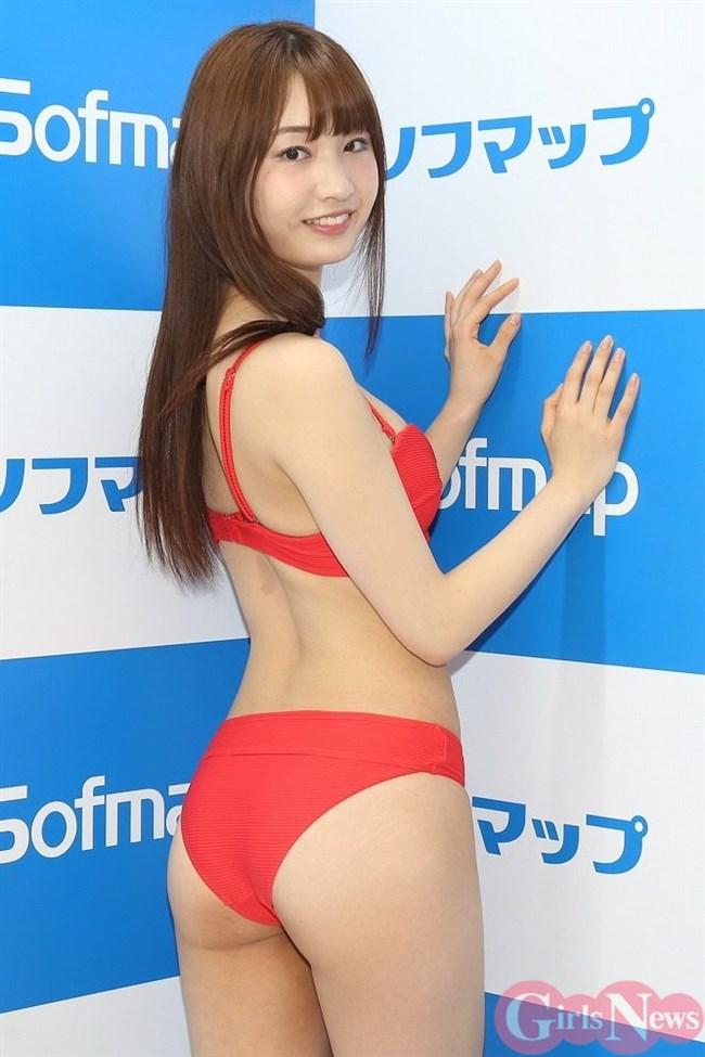 美音咲月~ソフマップでのDVD発売イベントの水着姿が完璧ボディー過ぎて驚き!0008shikogin