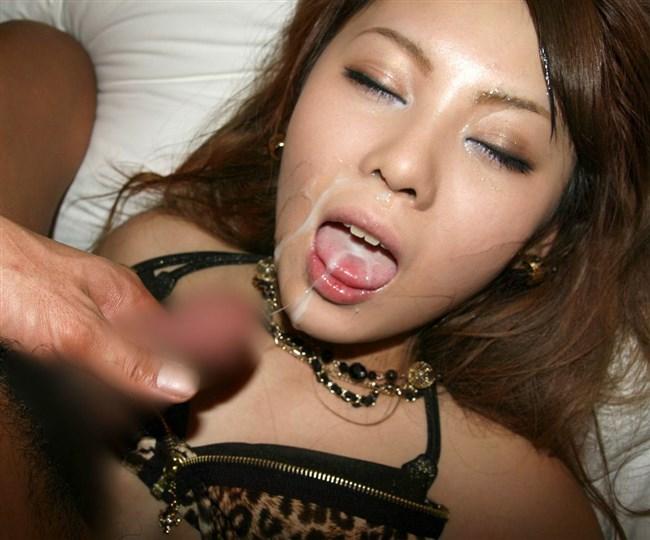 口元からタラリと垂れるザーメンが卑猥な口内発射画像まとめwww0016shikogin