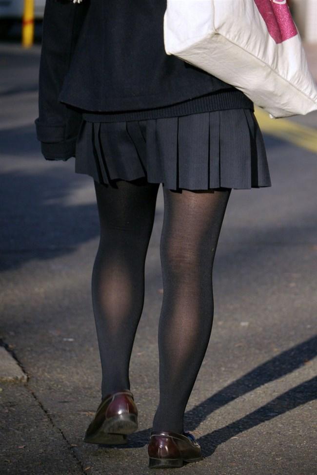 極寒な真冬だから…黒ストッキング盗撮画像の美脚でほっこりwwww0008shikogin