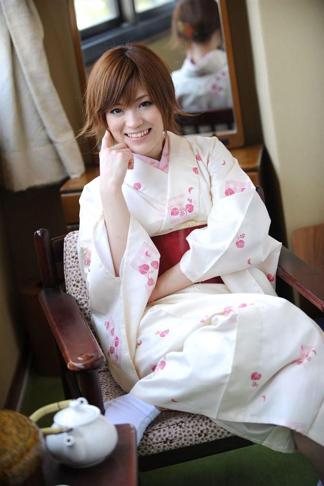 普段着より格段に興奮する浴衣美女や着物美女のえちえち行為wwwww0004shikogin
