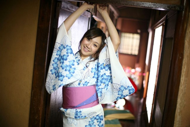 普段着より格段に興奮する浴衣美女や着物美女のえちえち行為wwwww0018shikogin
