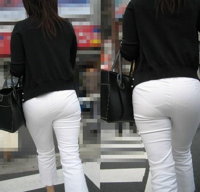 パツパツの白パンツにデカいお尻を突っ込むと必ずこうなるwwwww0011shikogin