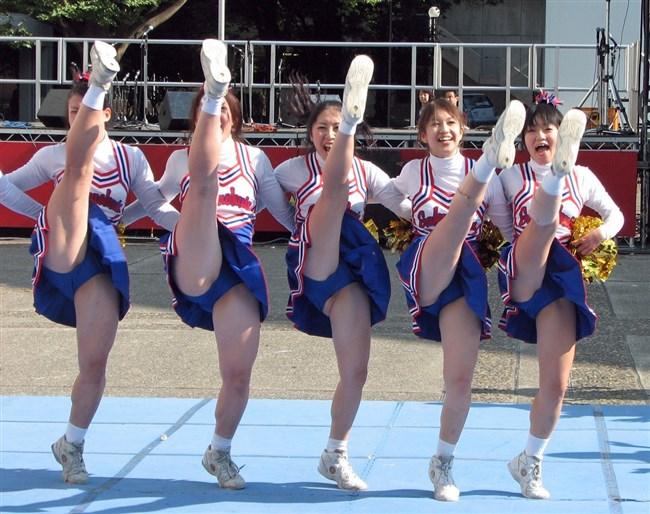可愛い娘のチアリーデイングはダンスよりも下半身だけが気になってしまう法則wwww0004shikogin