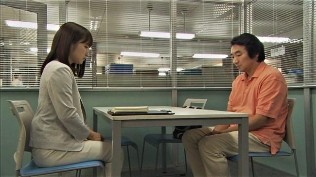 川栄李奈~ドラマでのピタパンむっちりヒップにパン線が!最高にイイ尻してますな!0005shikogin