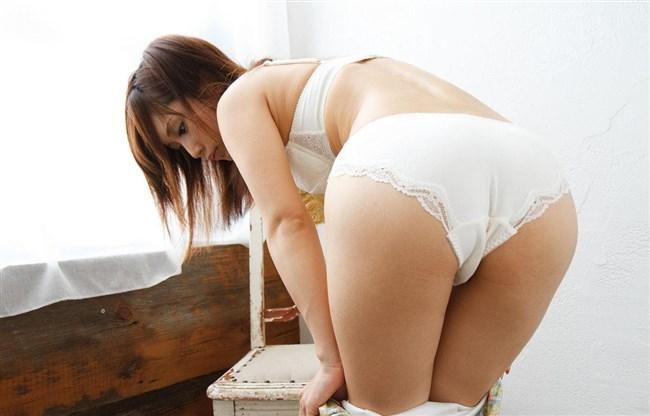 清純女子を演じるなら下着は白に限るフル勃起もののランジェリー厳選画像まとめw0019shikogin