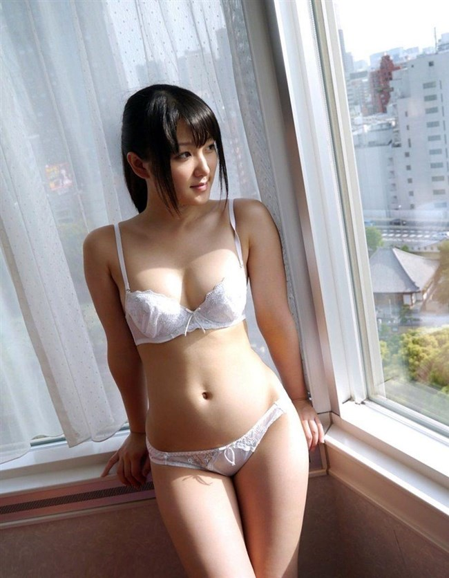 清純女子を演じるなら下着は白に限るフル勃起もののランジェリー厳選画像まとめw0044shikogin
