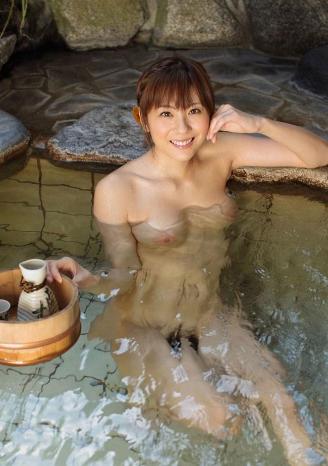 温泉で疲れを癒す美人女性のヌードを妄想してみるwwww0025shikogin