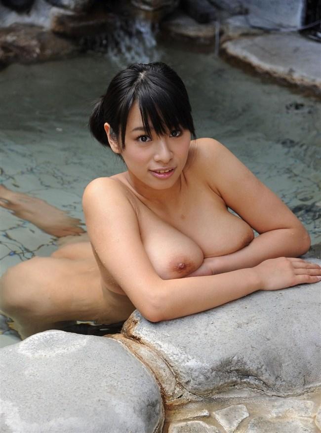 温泉で疲れを癒す美人女性のヌードを妄想してみるwwww0026shikogin