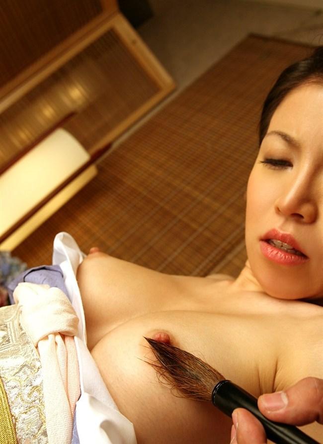 筆の繊細なタッチの虜になってオナニーの道具化してる女子wwww0005shikogin