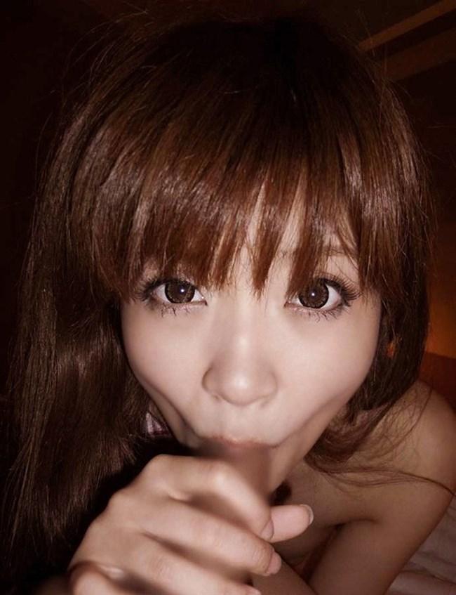 一生懸命小さい口でバキュームフェラしてるお姉さんの表情wwwwww0008shikogin